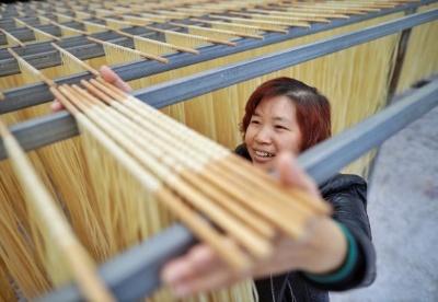 马来西亚学者许庆琦:中国减贫成就具有划时代意义