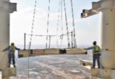 中建埃及新首都CBD项目标志塔钢结构工人群像速写