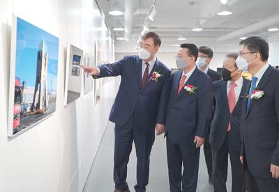 """""""多彩中国·魅力西部——中国西部图片展""""在韩国举行"""