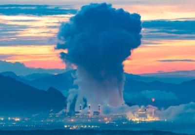 应对气候紧急情况:到2035年关闭1000吉瓦的燃煤电厂