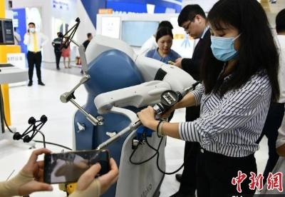 博鳌乐城国际创新药械展开幕 810种创新药械产品亮相