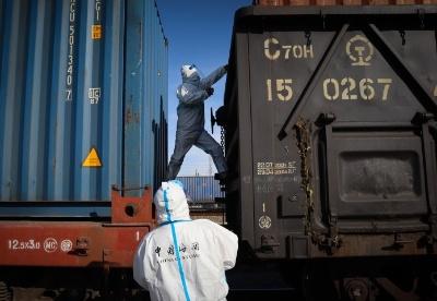 一季度霍尔果斯铁路口岸进出口货运量同比增长128%