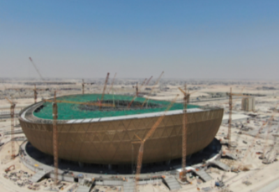 中企承建卡塔尔世界杯主体育场幕墙完工