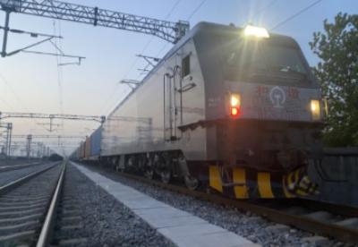 中欧班列(武汉)开出今年第50列,驶往德国杜伊斯堡