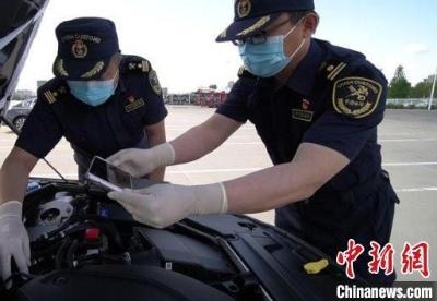 前5个月黑龙江出口沃尔沃汽车整车3900辆