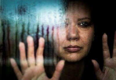 印智库:需关注疫情时期的心理健康问题