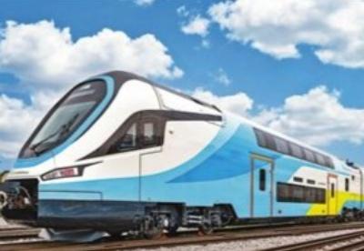 中国首列出口欧洲双层动车组下线