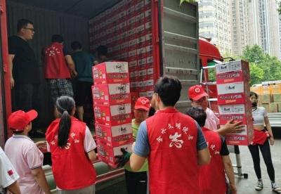 风雨同舟、平安是福,超过万箱康师傅产品已陆续送达河南抗洪一线