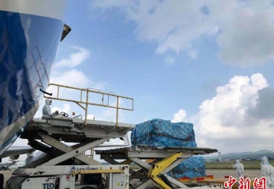 """广西南宁机场开通国际通单""""空空中转""""业务"""