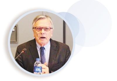 南非资深外交家格罗布勒:中国减贫成就鼓舞非洲