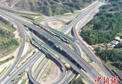 """甘肃推1300亿元交通项目 """"项目包""""配套""""政策包"""""""