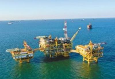 首个海上油田群岸电应用项目投产