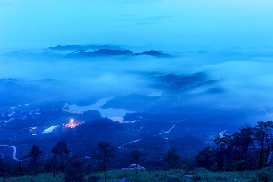 大美晋江:七彩紫帽山