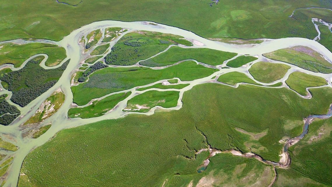 美丽中国:壮美山河瞰新疆