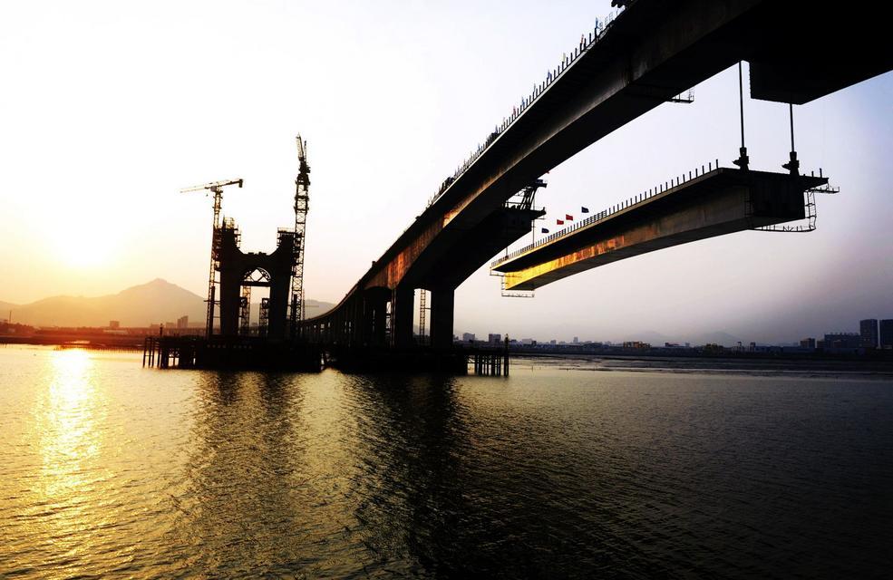 Second closure of Chenggong Bridge