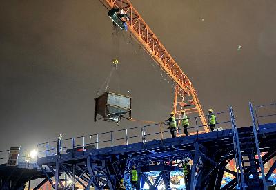 中企承建科伦坡港口城高架桥项目首梁成功浇筑
