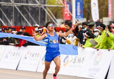特步:当中国马拉松跑者开始选择民族品牌