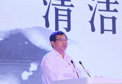 漳州市委副书记、代市长王进足:漳州发展清洁能源有突出优势