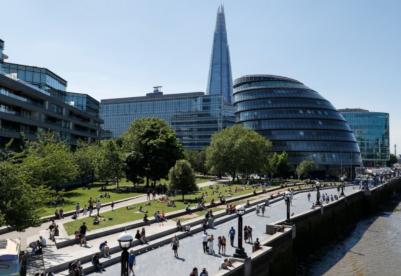 【见·闻】疫情催生英国办公新生态 超60%企业计划采用混合办公方式