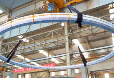 超大型整体式轴承锻件在伊莱特下线