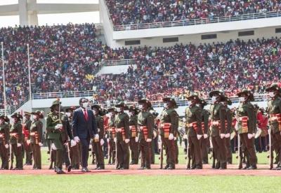赞比亚当选总统希奇莱马宣誓就职